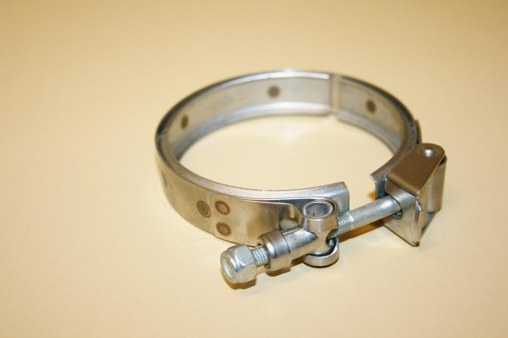 Stainless steel magneto band clamp