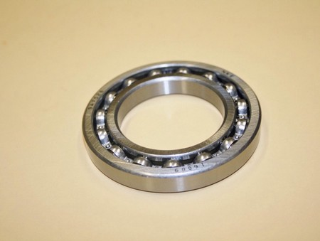 Front Cover Ball Bearing Kobelco, Fowler (600-0027)
